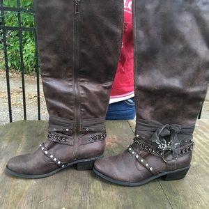 Buckle ladies knee boots